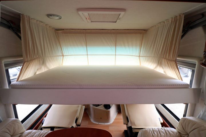 2012 Concorde Charisma 890M - Electric Drop Down Bed