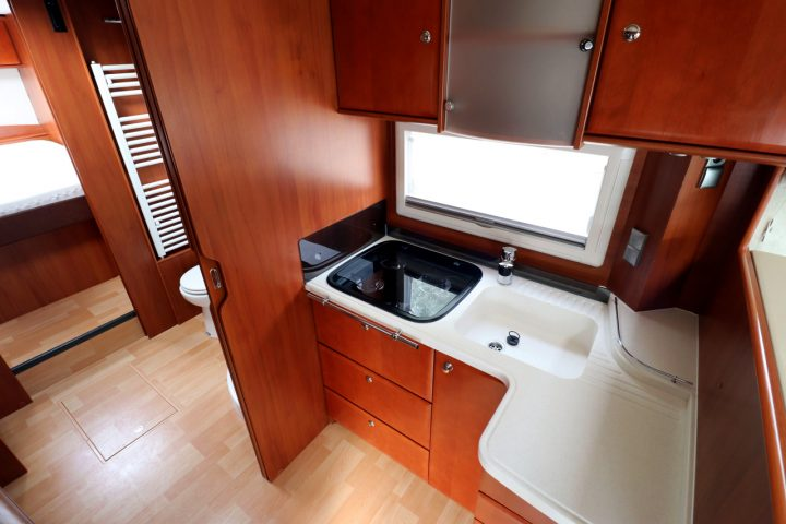 2012 Concorde Charisma 890M - Kitchen