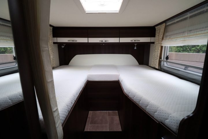Burstner Nexxo T690G Sovereign - Rear Twin Single Beds