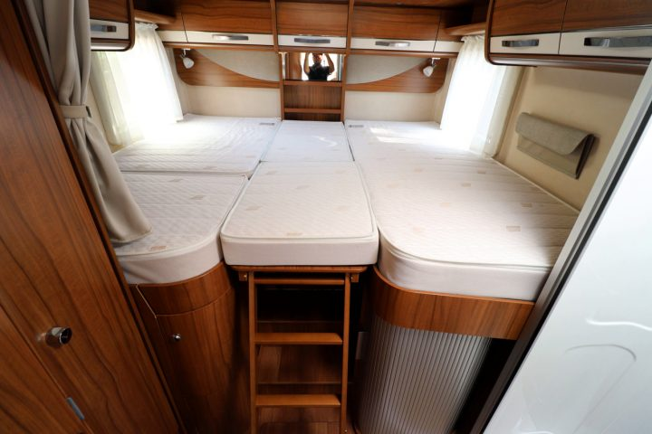 Hymer B704 PL - Rear Bed