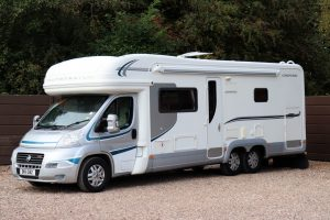 Autotrail Chieftan G - Nearside Front