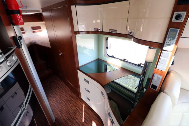 Hymer S830 - Kitchen