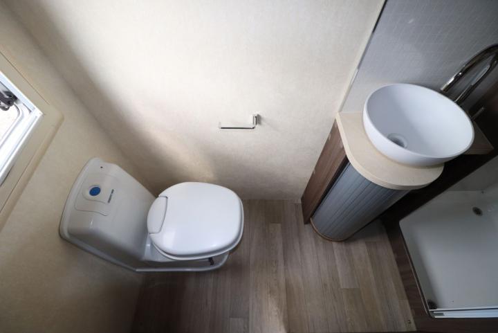 Auto-Sleepers Burford - Washroom