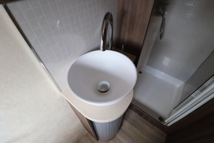Auto-Sleepers Burford - Washbasin