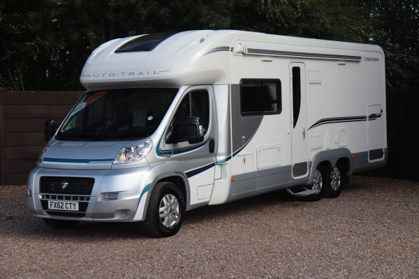 Auto-Trail Chieftain - Nearside Front