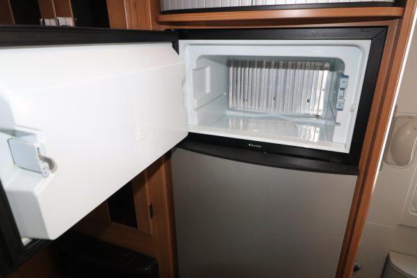 Auto-Trail Chieftain - Freezer