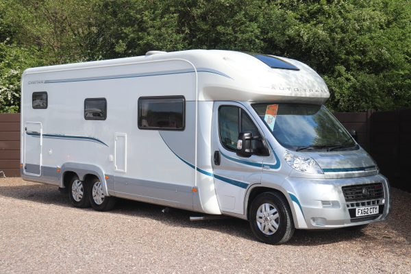 Auto-Trail Chieftain - Offside Front