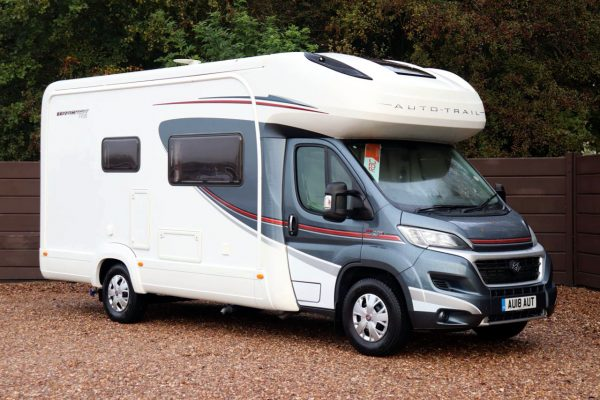 Auto-Trail Tracker RS - Offside Front
