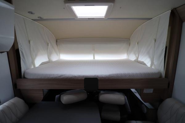 Burstner Ixeo i744 - Overcab Drop Down Bed