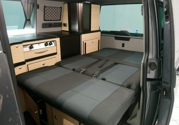 Danbury Surf Double Volkswagen T6 Rock n Roll Bed