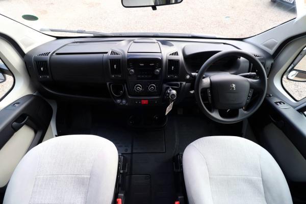 Elddis Autoquest 175 - Cab