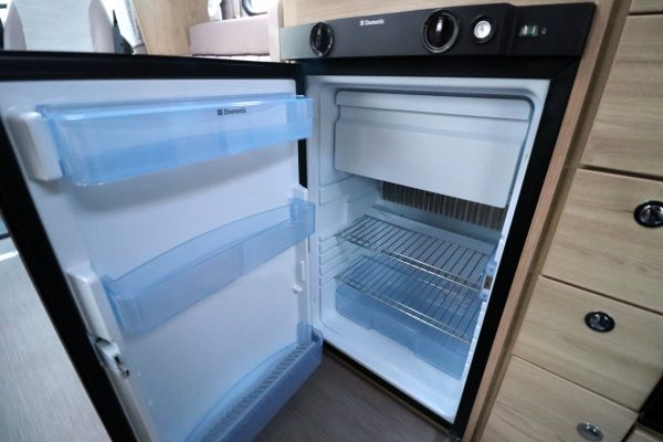 Elddis Sussex Ashington 185 - Fridge Freezer