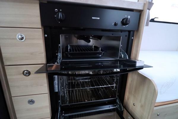 Elddis Sussex Ashington 185 - Oven Grill