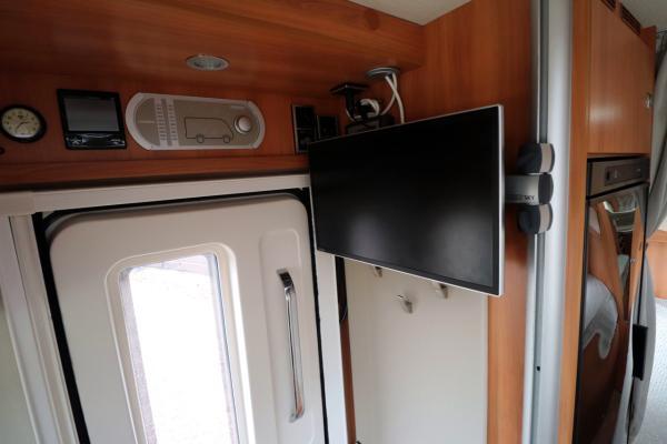 Hymer T668 SL - TV