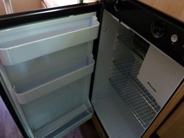 Trigano Tribute T669 - Fridge Freezer