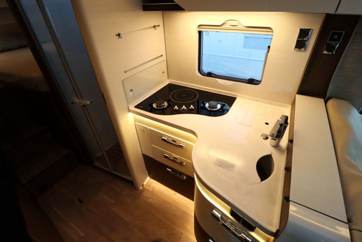 Hymer B MLI 780 Masterline - Kitchen