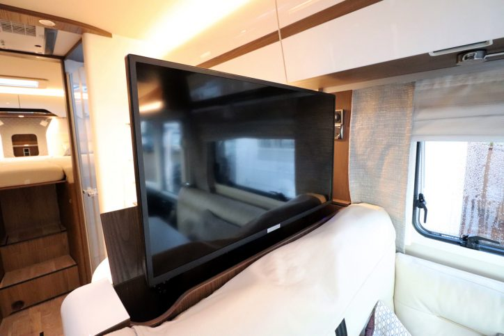 Hymer B MLI 780 Masterline - TV