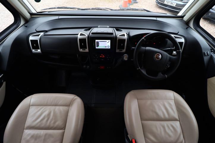 Hymer B708 SL - Cab