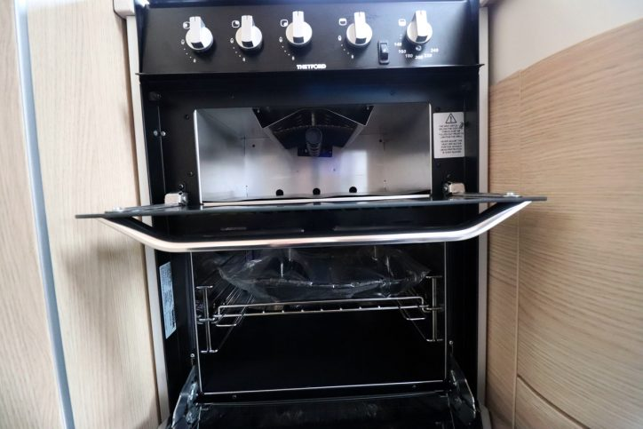 Hymer B708 SL - Oven Grill