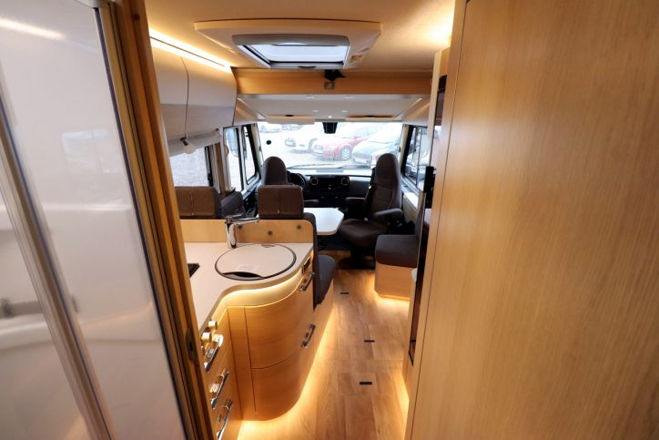 Hymer BMCI 680 - View From Rear