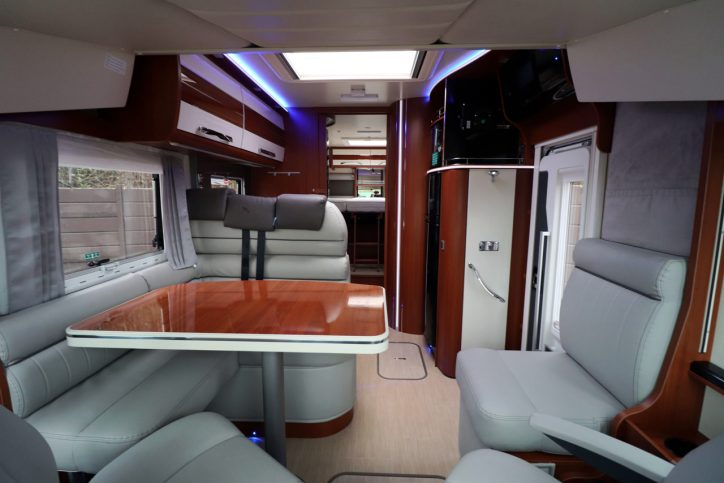 Mobilvetta K-yatch 85 - View From Cab