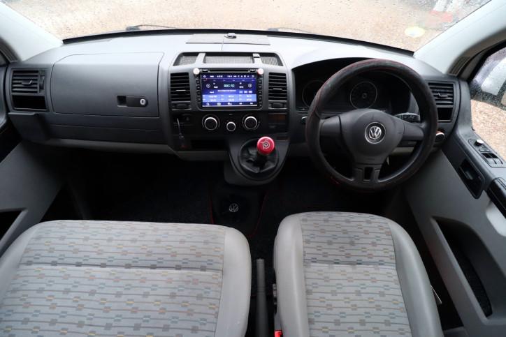 Volkswagen T5 Transporter Camper - Cab