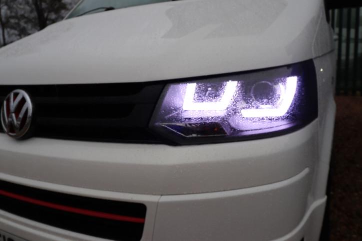 Volkswagen T5 Transporter Camper - Headlights