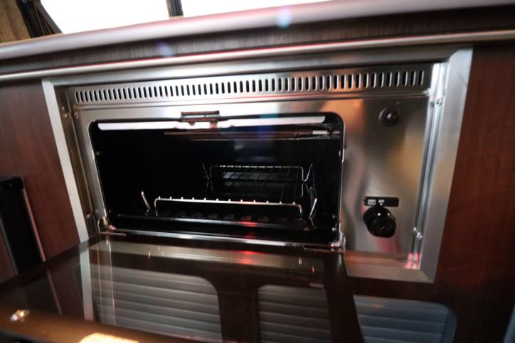 Volkswagen T5 Transporter Camper - Oven Grill