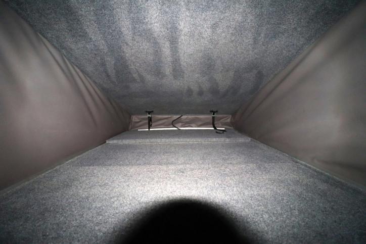 Volkswagen T5 Transporter Camper - Pop Up Beds