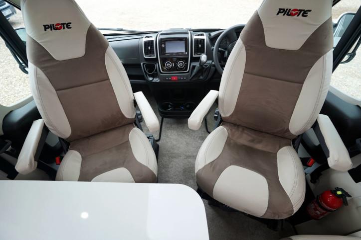 2018 Pilote Sensation P740 swivel cab seats